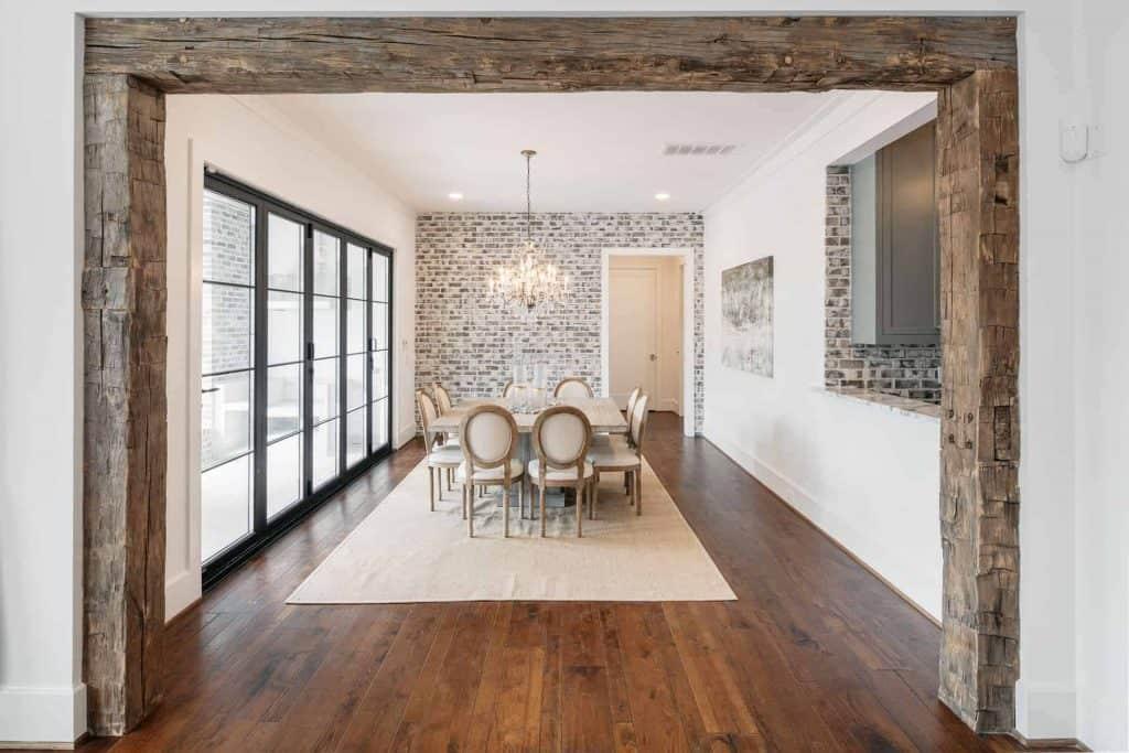 farmhouse-dining-room-reclaimed-barn-beam