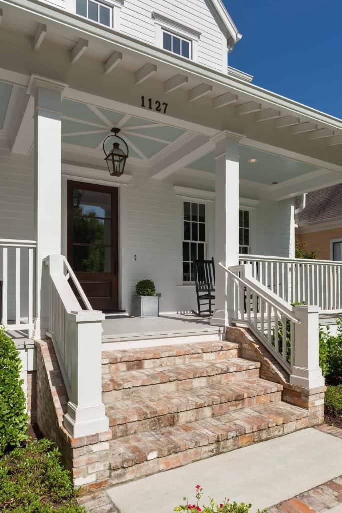 farmhouse-front