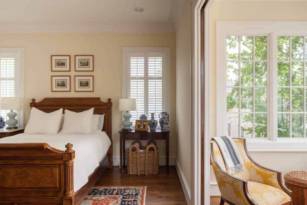 farmhouse-master-bedroom-sitting-room-sun-room