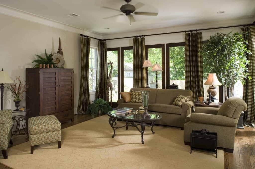 new-orleans-living-room
