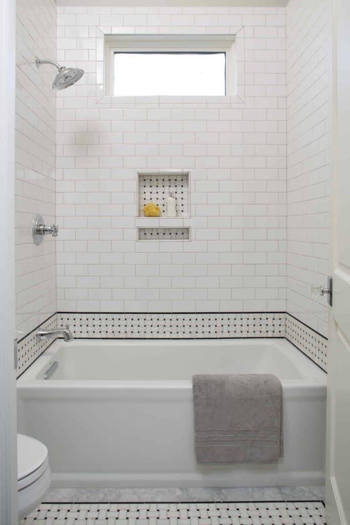 new-orleans-bathroom-subway-tile