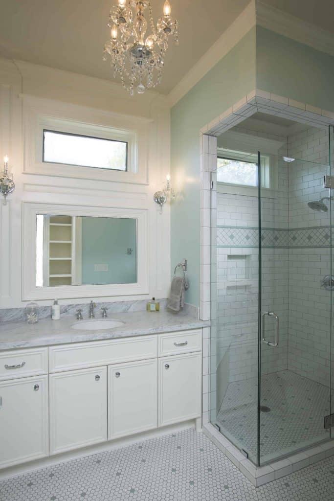 new-orleans-master-bathroom-walk-in-glass-shower