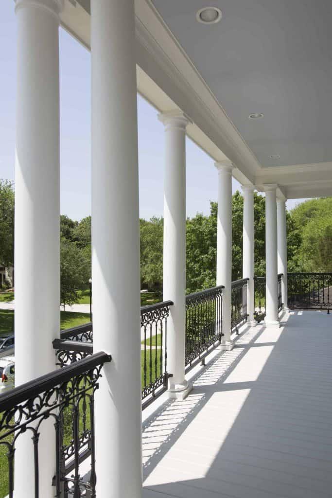 new-orleans-porch-railing